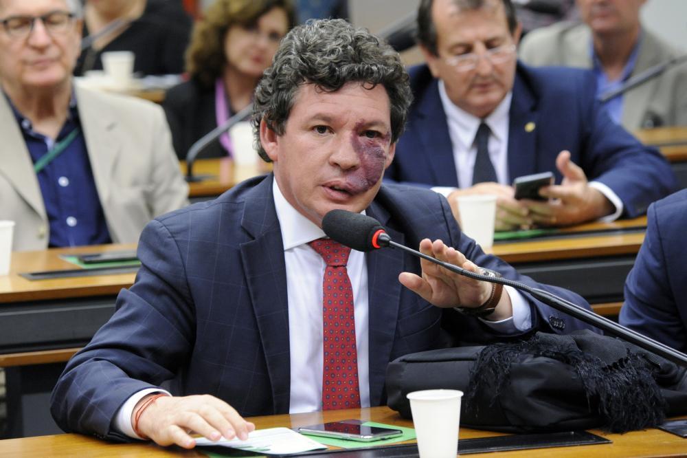 Maioria da bancada mineira apoiou reforma da Previdência; veja como votou cada deputado