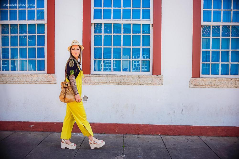 Júlia Brito para Arquitetura da Moda - SJDR. Foto: Vita Del Rei Fotografia