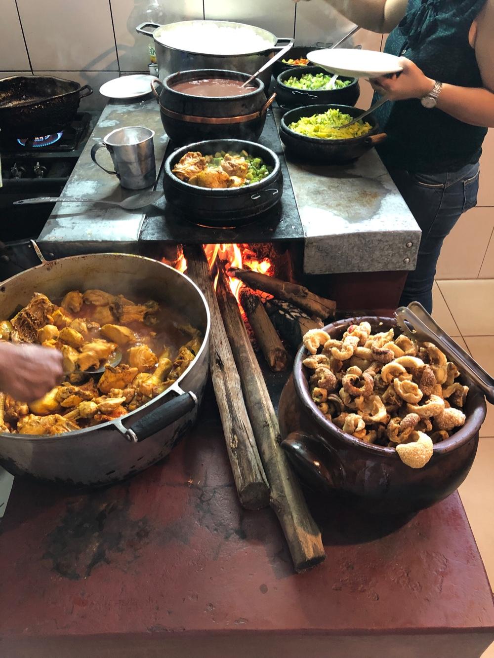 Simplicidade, sabor e aconchego no restaurante Tempero da Angela
