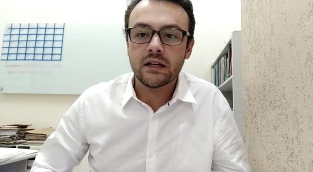 Dr. Emanuel Vitoreli, advogado do Sindcomércio de SJDR. Foto: Vídeo divulgado
