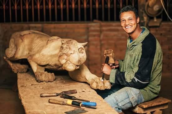 Os artesãos que levam as características da cidade de Pradospara o mundo
