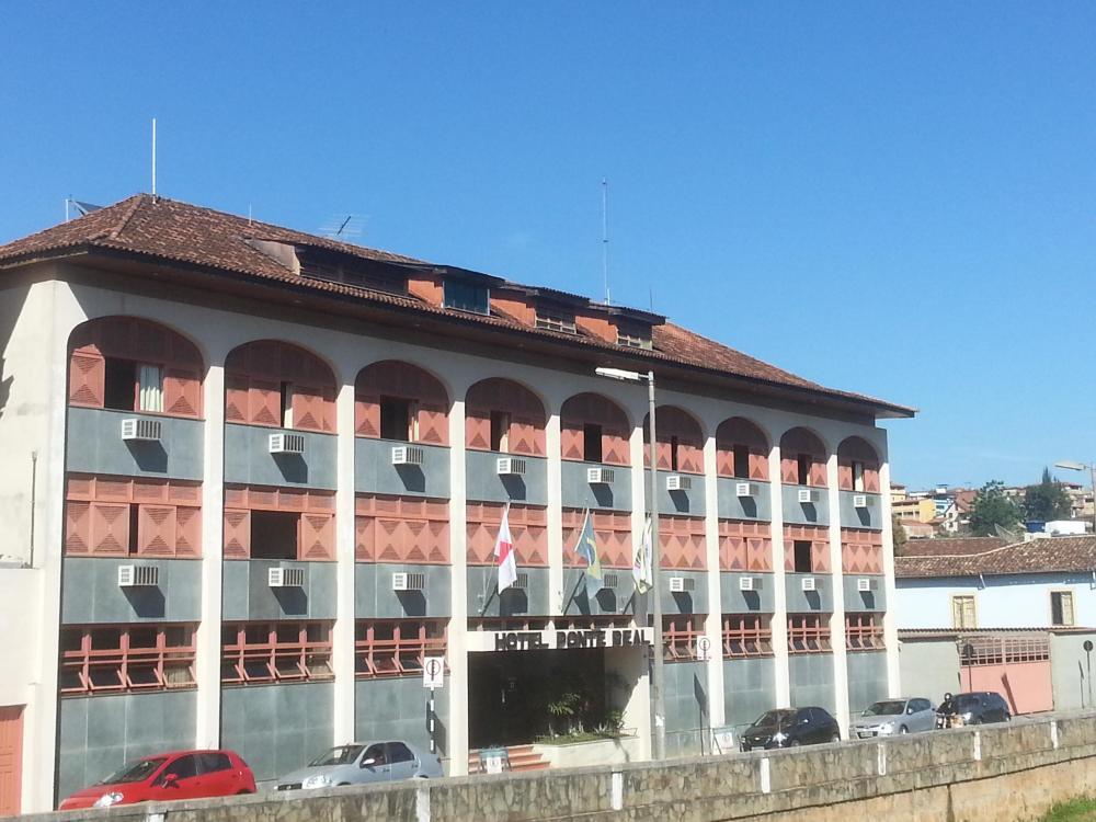 Governo do Estado muda as regras e inclui hotéis como serviços essenciais no Programa Minas Consciente