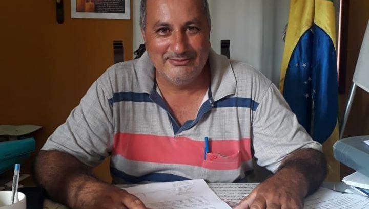 Secretário de Saúde de Tiradentes anuncia pré-candidatura a prefeito em Dores de Campos