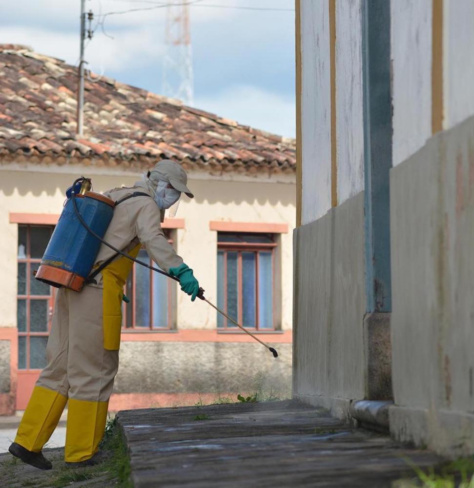 Desinfecção realizada pela Prefeitura de Conceição da Barra de Minas em abril - Foto: Prefeitura Municipal CBM